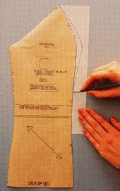 Illustrated: Adjusting a Chemise-style Bodice for a Full Bust