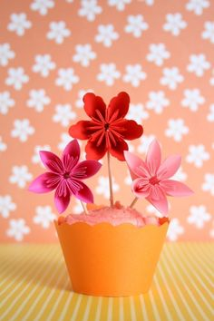 Paper Flower Cupcake Toppers by millalove: 12 for $28. #Cupcake_Toppers #Paper_Flowers #millalove