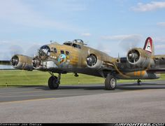 Collings Foundation Boeing B-17G Flying Fortress (299P). Lancaster Airport (LNS / KLNS) - USA, August 17, 2013.