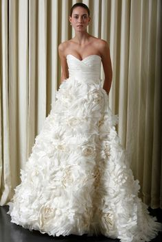 sunday rose wedding dress <3