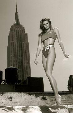 models, leg, icon, fashion, buildings, empire state building, ell macpherson, elle macpherson model, 1980s model