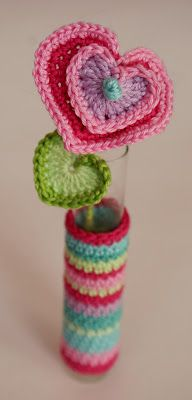heart flowers crochet