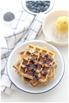 Foodagraphy. By Chelle.: Lemon Blueberry Poppyseed Belgian Waffles