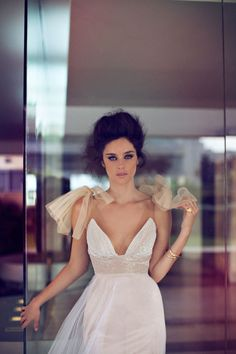 Zahavit Tshuba Wedding Gowns