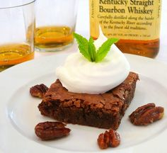 A MUST HAVE for the Dessert Table! Mint Julep Brownies with Candied Pecans. #MintJulep #Derby