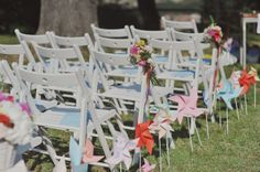 pinwheel wedding ceremony decor | photography by landvphotography.it | flower design by ilprofumodeifiori.it http://weddingwonderland.it/en/2013/11/the-sweetest-day-the-ceremony.html