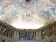 The ceiling of the rotunda of the Griffith Observatory