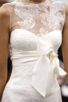 Stunning lace wedding dress. Vera Wang Fall 2013.