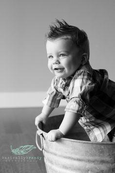 One year old baby boy. smash cake. baby boy portrait idea. photography.