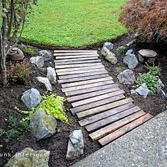 pallet boards, pathway, yard, garden paths, plank, walkway, curv, stepping stones, pallet wood