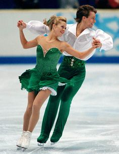 Canada's Shae-Lynn Bourne and Victor Kraatz participate in the Ice Dance event at the 1998 Winter Olympics in Nagano. (CP PHOTO/COA)
