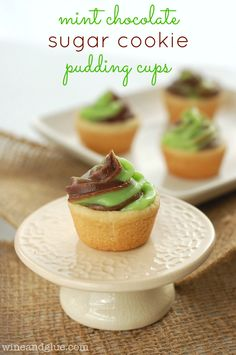 Mint Chocolate Sugar Cookie Pudding Cups | www.wineandglue.com |