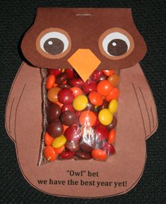 Back to school treat bags. FREE pattern. Fill with M's, Skittles, Reeses Pieces. Mini Baggies from Craft Store.