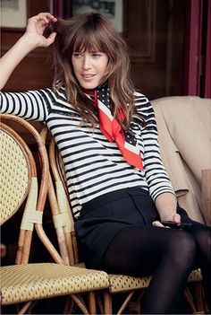 Stripes and scarves are très French when paired together