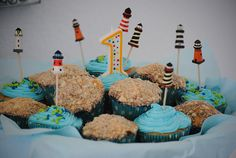 Sand and ocean yummy cupcakes!