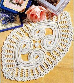 Do you like this unusual doily? I want to make this.