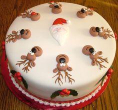 Santa and his Reindeer Cake
