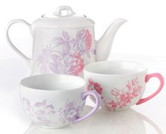 Paint this pretty tea set for your Mom the Mother's Day. Get all the #marthastewartcrafts supplies you need at @Michael Sullivan Stores
