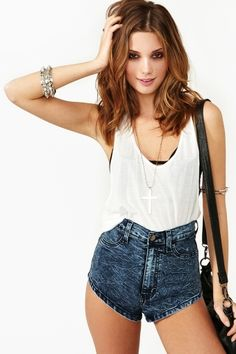 Ashlees Loves: Short shorts!  buy @ashleesloves.com  #shorts #fashion #moda para esta nueva tendencia primavera verano 2013 2014