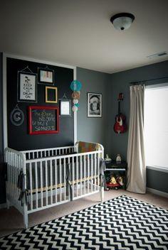 We spy a chevron rug in this baby nursery. #chevron #baby #nursery