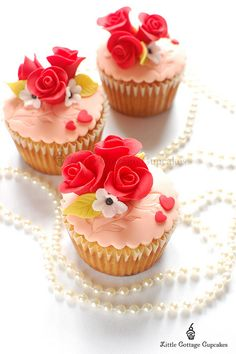 Roses are Red... by Little Cottage Cupcakes, via Flickr
