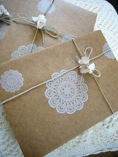 #brownpaper #kraft #doily #wrapping #giftwrap