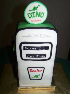 #Vintage #Gas Pump Cake