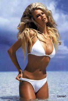 Claudia Schiffer...That hair