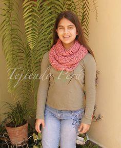 10 ways to wear an infinity scarf - 10 formas de usar una bufanda infinita!
