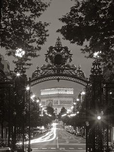 Arc de Triomphe from Parc Monceau