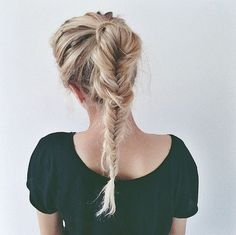 A pretty, messy fishtail for effortless cool hair. #braids #hairstyles