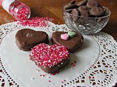 Valentine's Chocolate Covered Marshmallows   Just My Crazy Kitchen #marshmallows #chocolate #Valentine