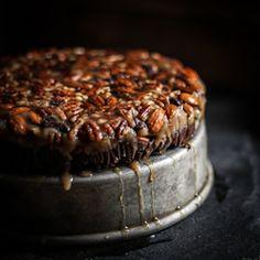 No-Bake Turtle Upside Down Cake. That looks so good! > http://sulia.com/channel/desserts-baking/f/f4254c0242042337968a171b67913b9b/?