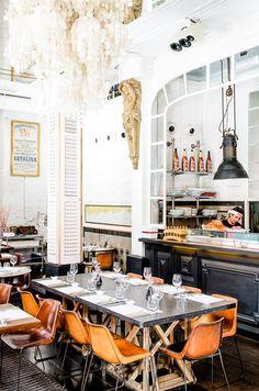 Big Fish restaurant Barcelona | Design by Lázaro Rosa-Violán.