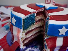 Captain America Cake with American Flag Interior - SUPER AWESOME!