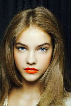 I love orange lipsticks//