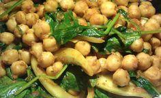 Ρεβίθια με σπανάκι και πράσο στον φούρνο