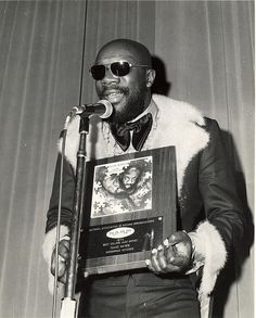 Isaac Hayes wins Best Selling Jazz Artist 1970