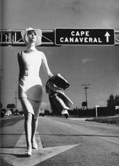 Richard Avedon. vintag, age fashion, cape canaver, richard avedon, 1959, isabella albonico, florida, fashion photography, photographi
