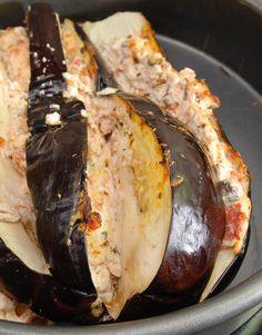 beringela com queijo de cabra e alcaparras - eggplant with goat cheese and capers