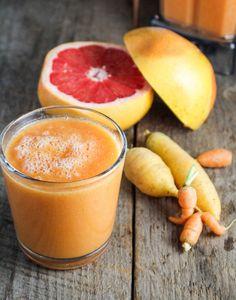 Carrot, grapefruit, mango smoothie