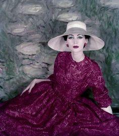 Dovima wearing Dior | Vogue, 1956
