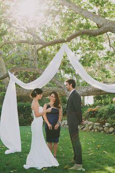 outdoor wedding ceremony http://www.weddingchicks.com/2013/09/16/malibu-beach-wedding/