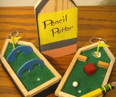 The Pencil Putter: Backpack Golf Course Keychain... for your golf lover