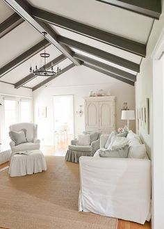 Creating Heaven on Earth: The Right Paint Colors for Belgian Chic