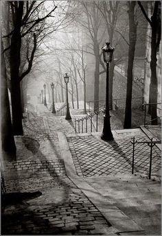 Brassai, Les Escaliers de Montmartre, Paris