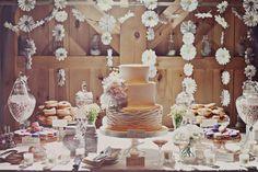 daisy decor dessert table.