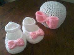gorros para bebe tejidos a crochet incluye los zapatitos zapatos en