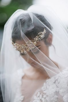 bridal crown, photo by Richard Israel http://ruffledblog.com/charlotte-botanical-gardens-wedding #weddingaccessories #accessories