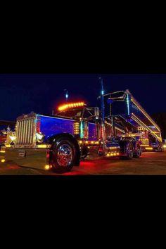 LIKE Progressive Truck Driving School: www.facebook.com/... #trucking #truck #driver  light show